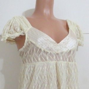 Free People Top Full Lace Cream L